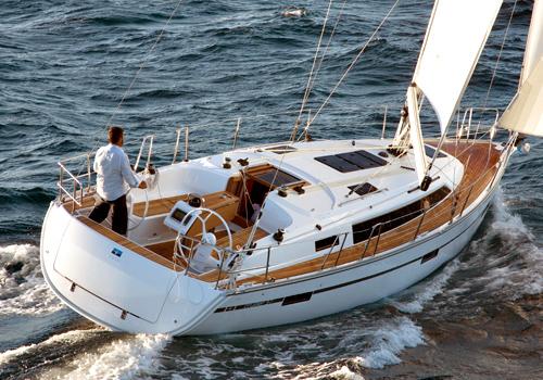 THE FUN OF SAILING - BAVARIA Cruiser 37
