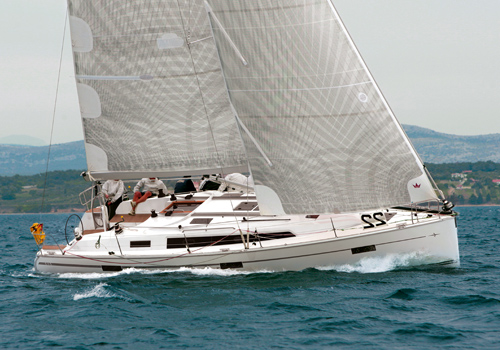 CLUB RACER - BAVARIA Cruiser 41S