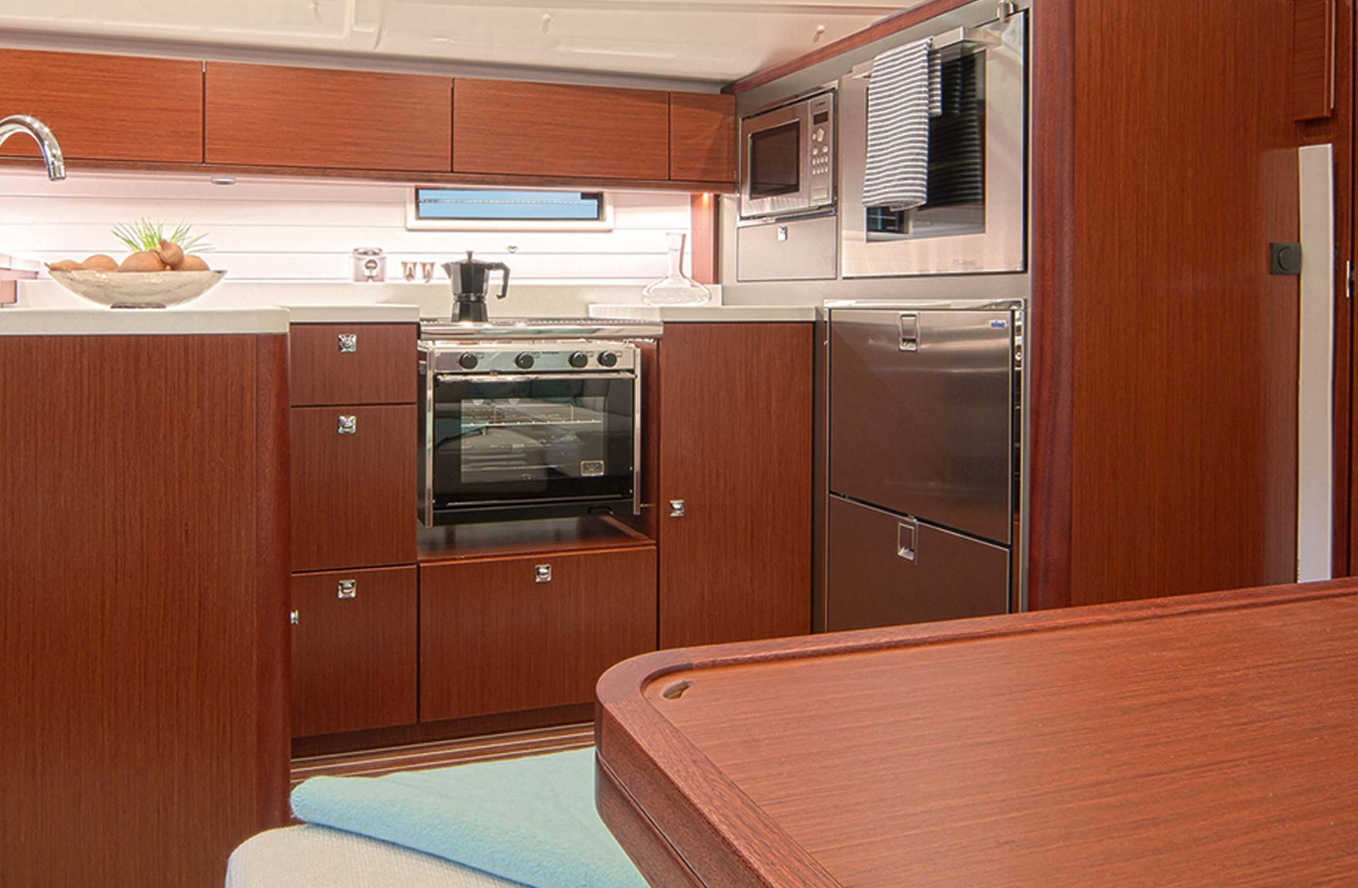 Bavaria Cruiser 51 for Sale in USA - Interior