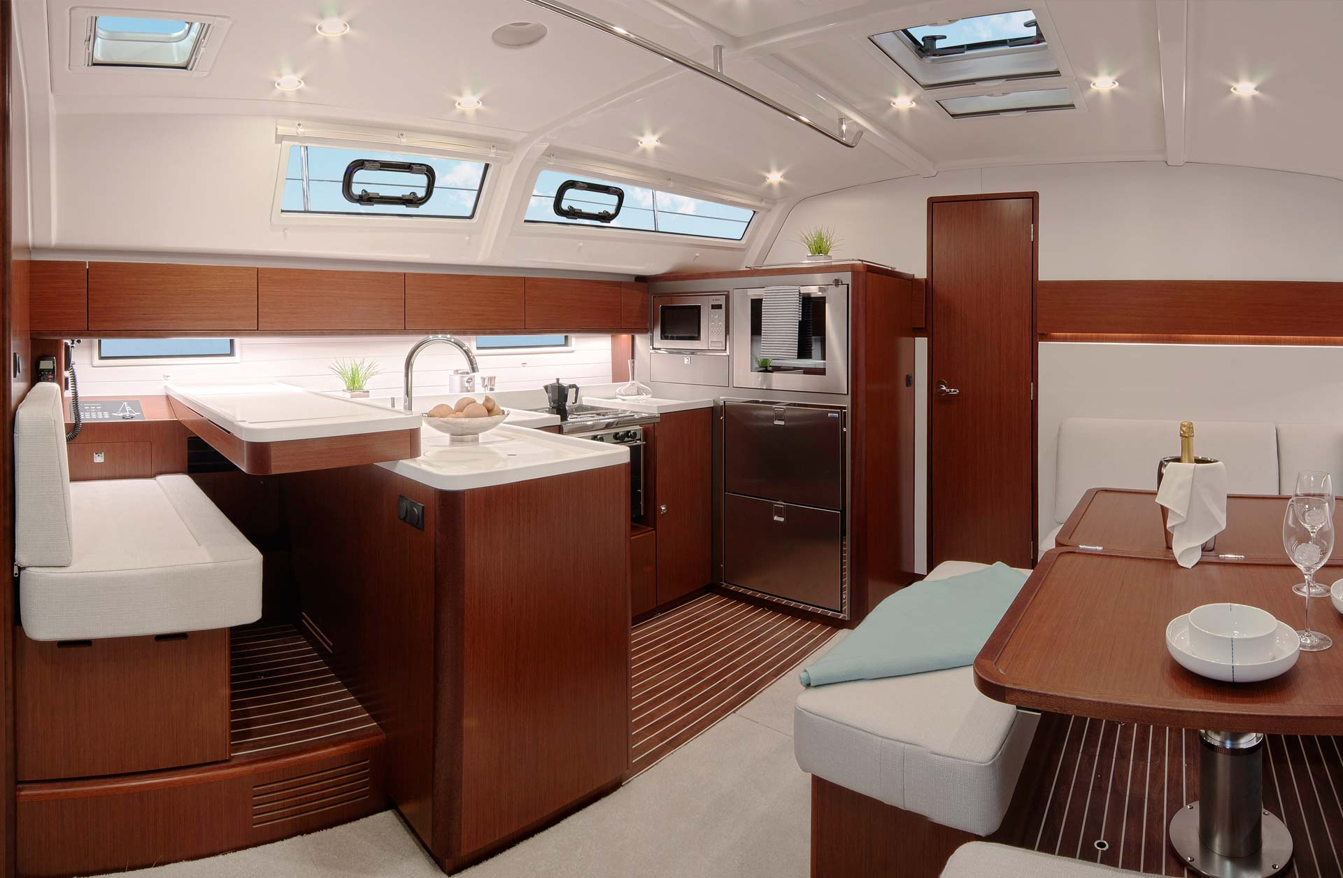 Bavaria 51 Cruiser Boats for Sale - Interior