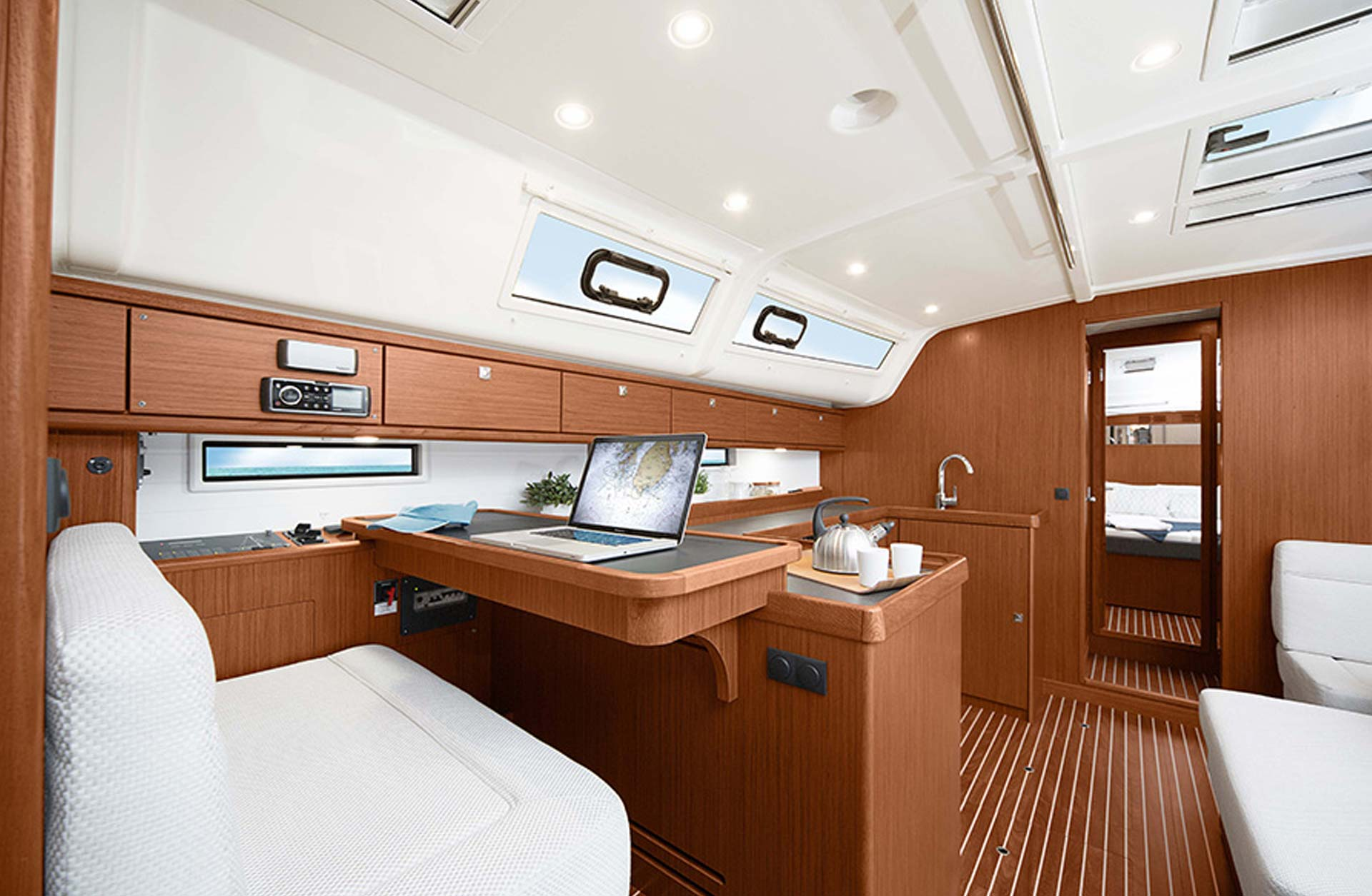 Bavaria 51 Cruiser - Interior