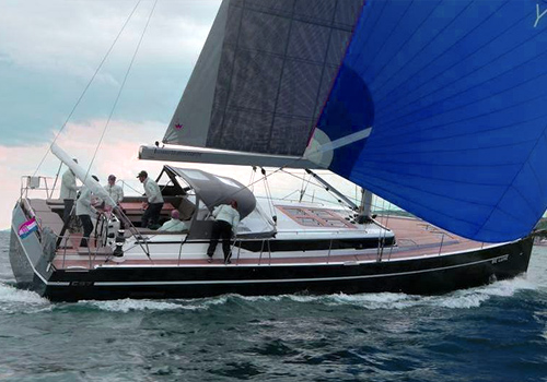 BLUE WATER LUXURY - BAVARIA Cruiser 57
