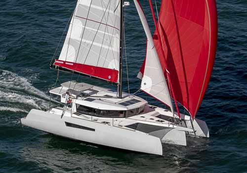sailing trimarans